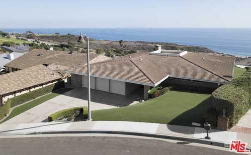 $4,675,000 - 4Br/3Ba -  for Sale in Malibu