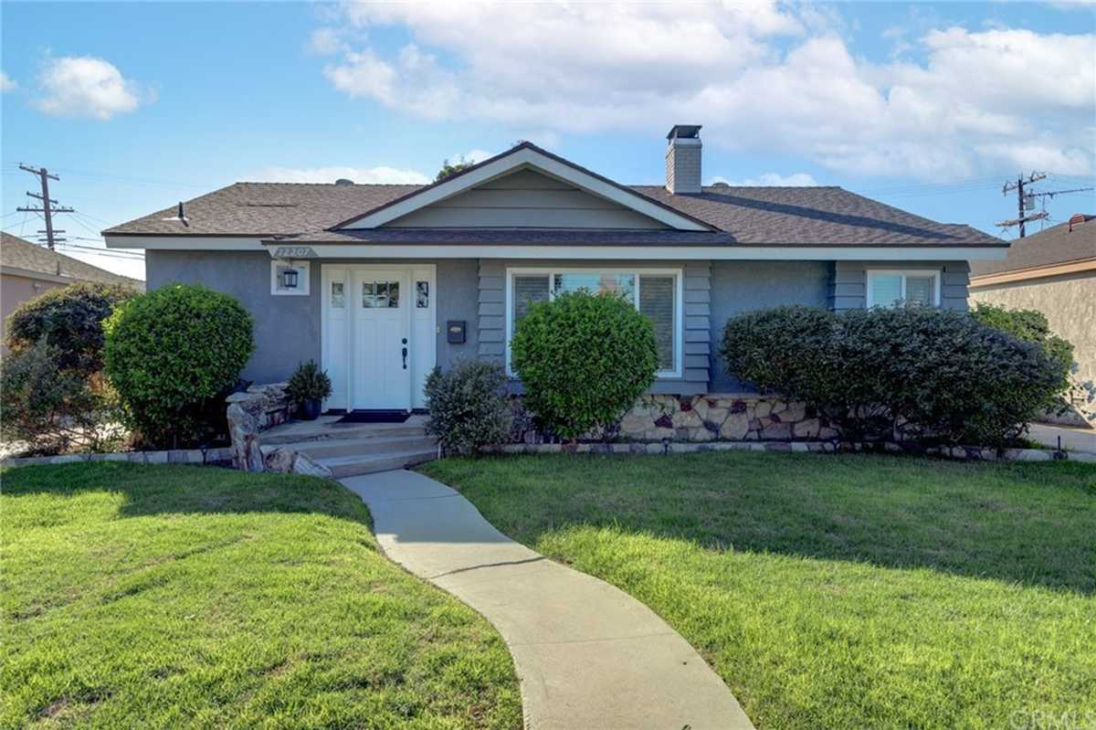 $799,000 - 3Br/2Ba -  for Sale in Hawthorne