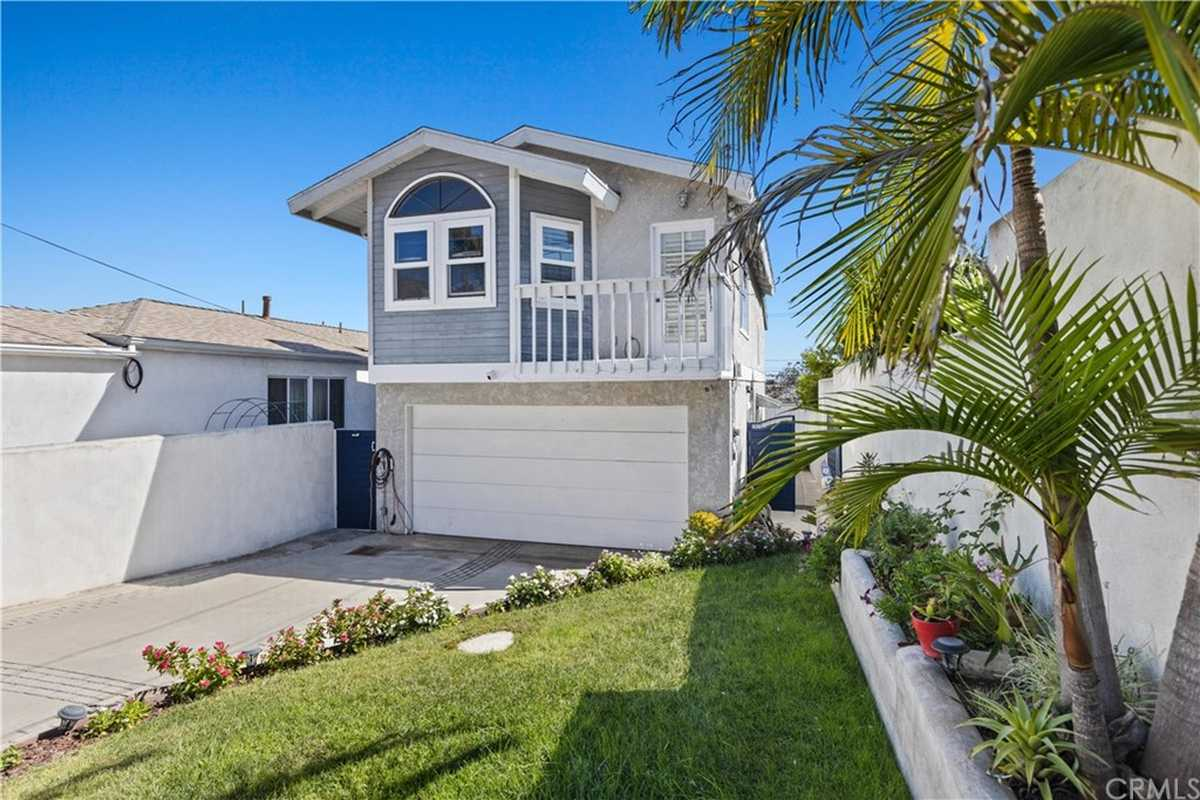 $1,250,000 - 2Br/3Ba -  for Sale in Redondo Beach