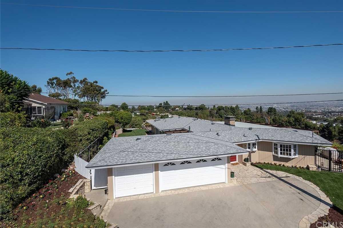 $1,790,000 - 4Br/5Ba -  for Sale in Rancho Palos Verdes