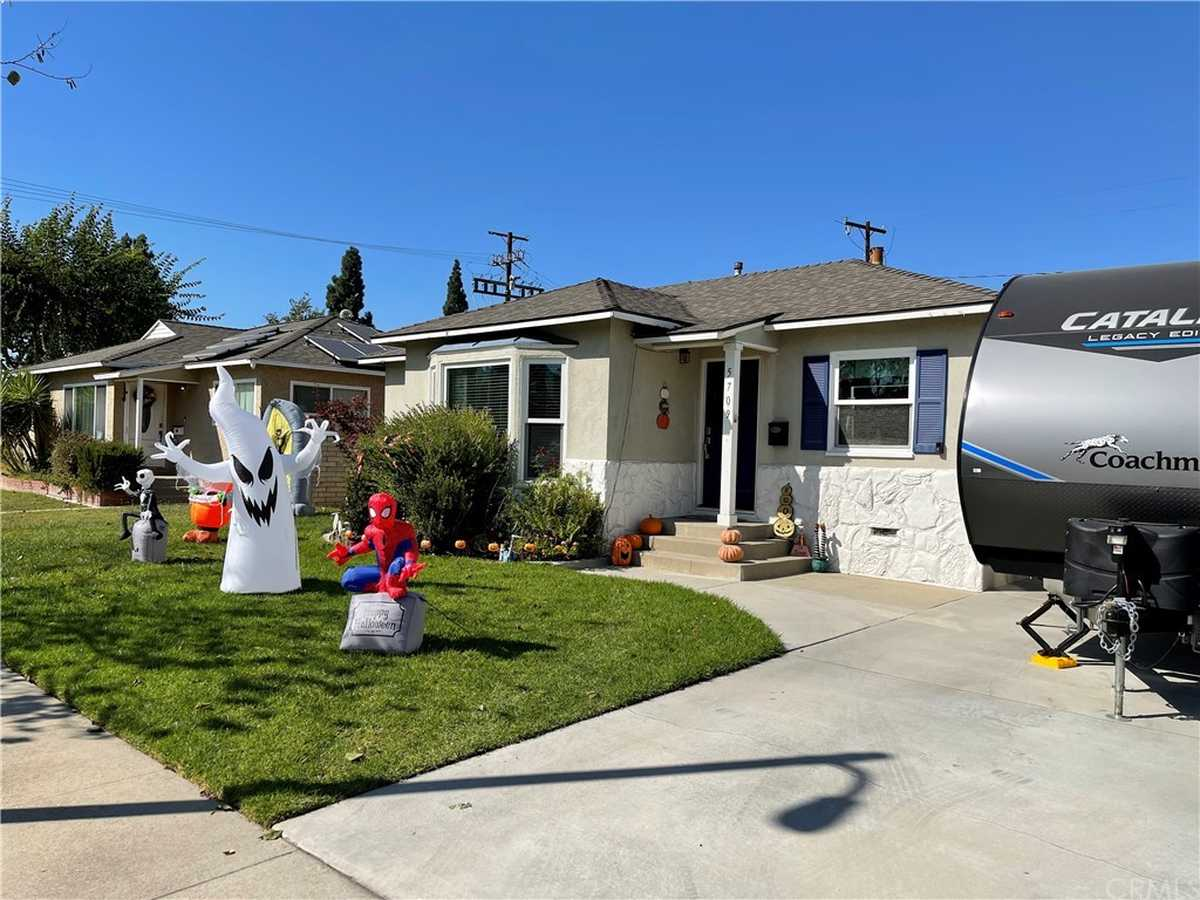 $775,000 - 3Br/1Ba -  for Sale in Lakewood Park/north Of Del Amo (lnd), Lakewood