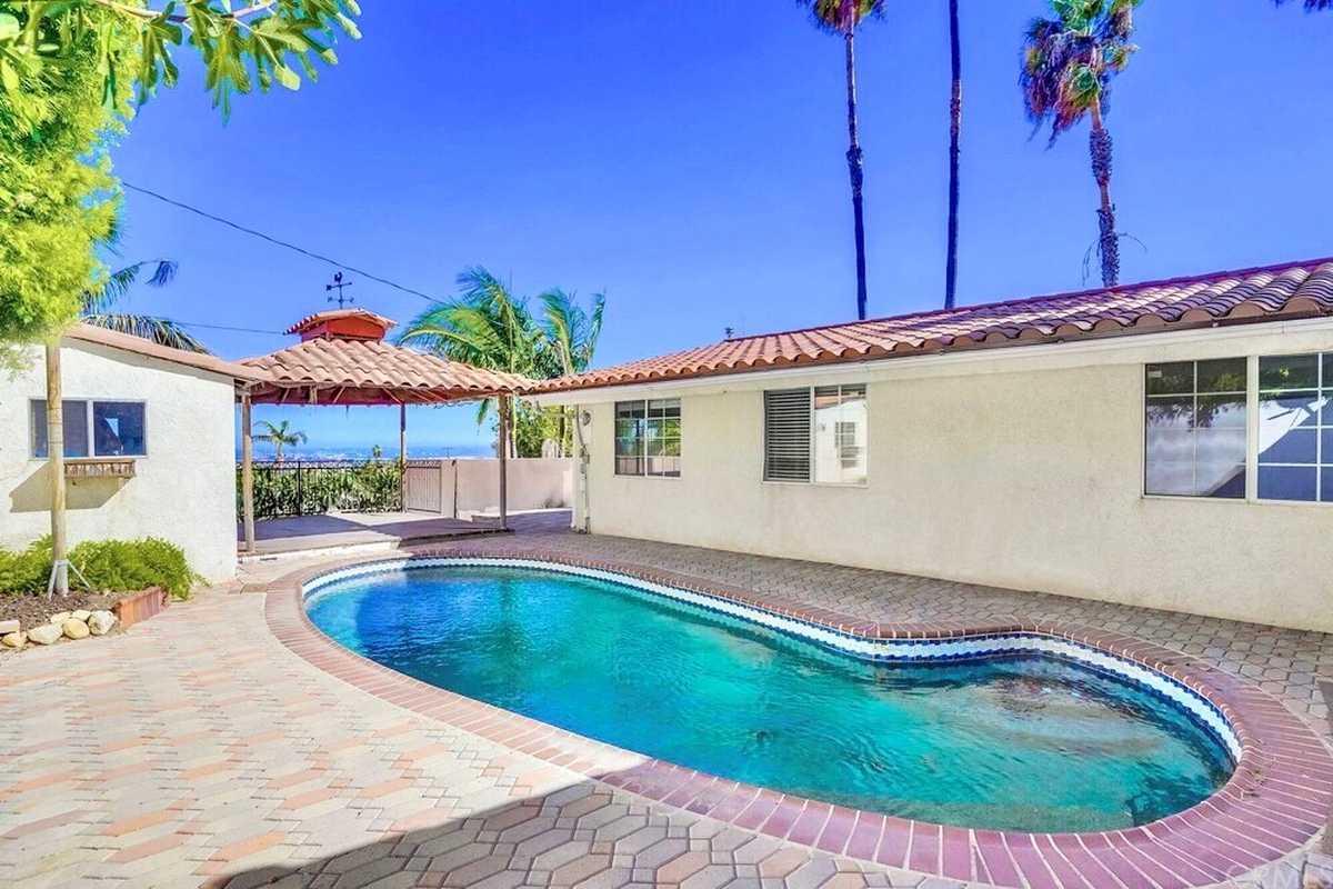$999,900 - 4Br/2Ba -  for Sale in Rancho Palos Verdes