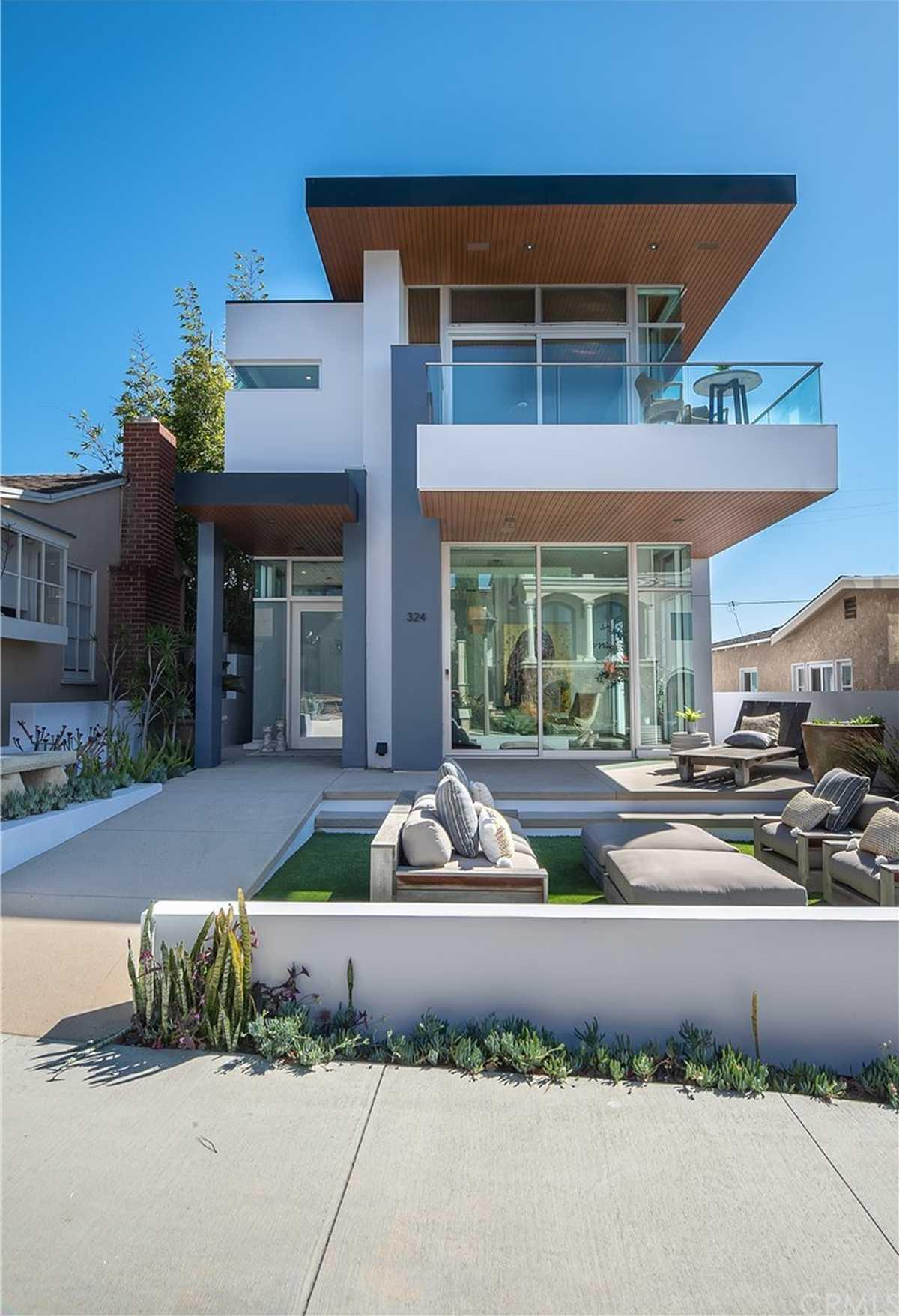 $5,999,000 - 4Br/5Ba -  for Sale in Manhattan Beach