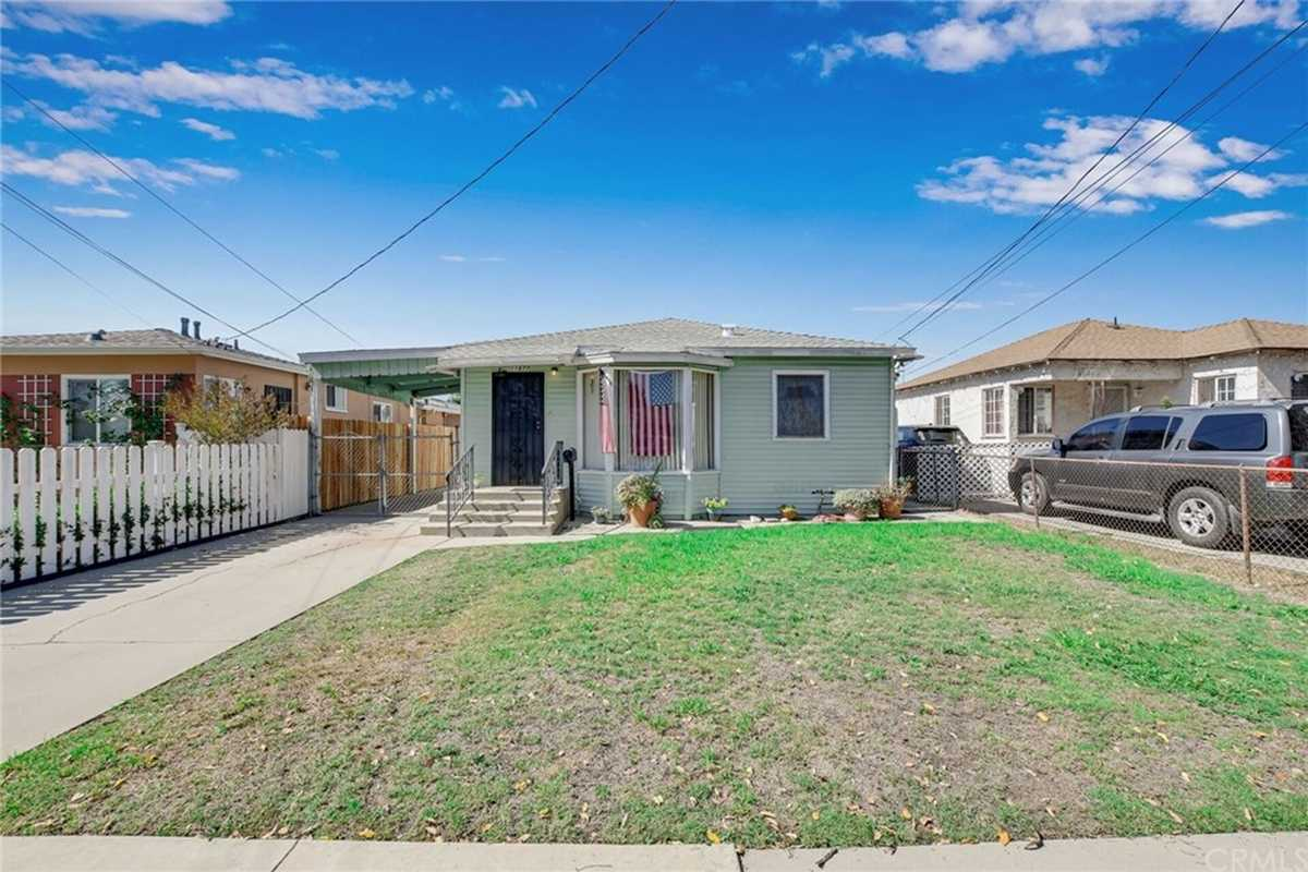 $629,900 - 4Br/3Ba -  for Sale in Hawthorne