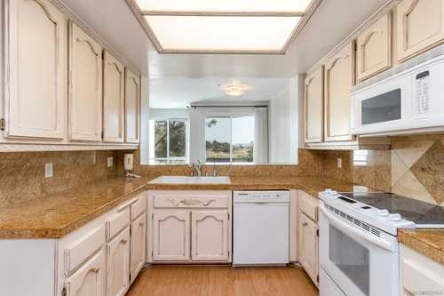 $730,000 - 3Br/2Ba -  for Sale in Mission Valley, San Diego