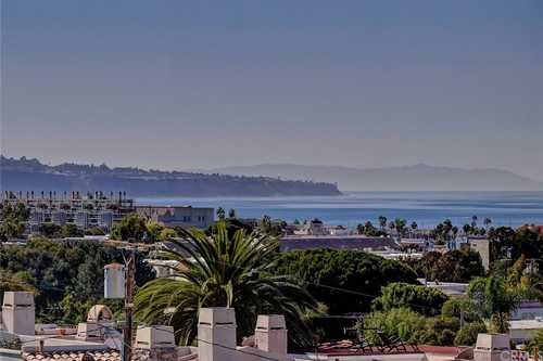 $2,199,000 - 4Br/4Ba -  for Sale in Hermosa Beach