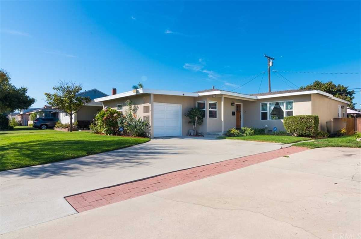 $1,150,000 - 3Br/2Ba -  for Sale in Torrance