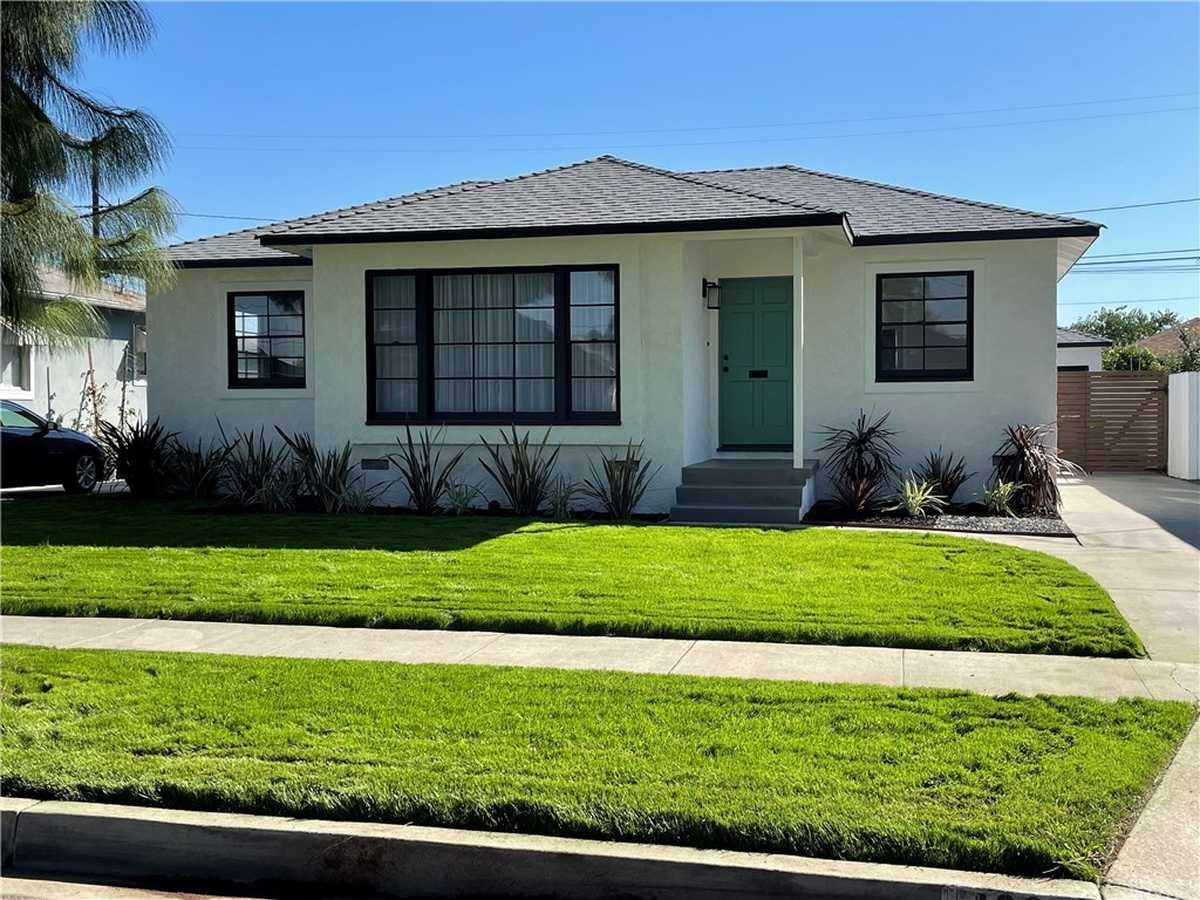 $749,000 - 3Br/1Ba -  for Sale in Lakewood Park/north Of Del Amo (lnd), Lakewood