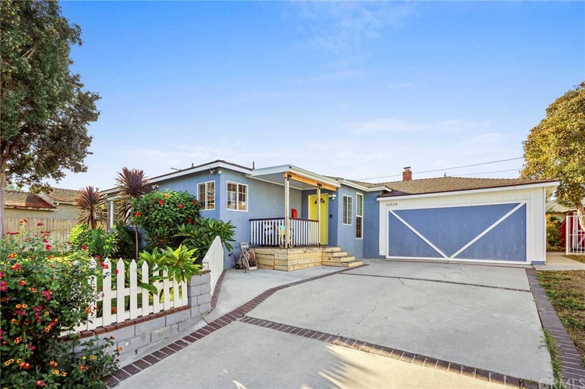 $965,000 - 3Br/2Ba -  for Sale in Torrance