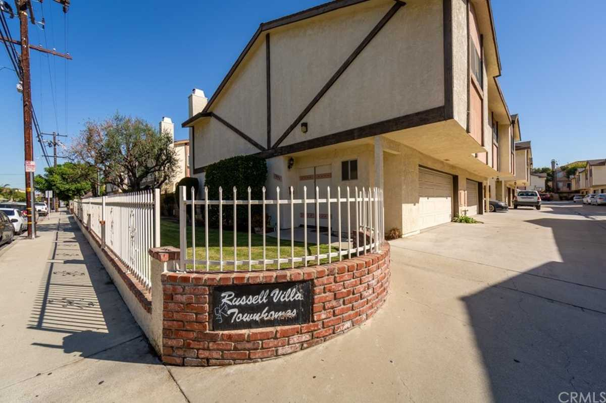 $575,000 - 3Br/3Ba -  for Sale in Hawthorne