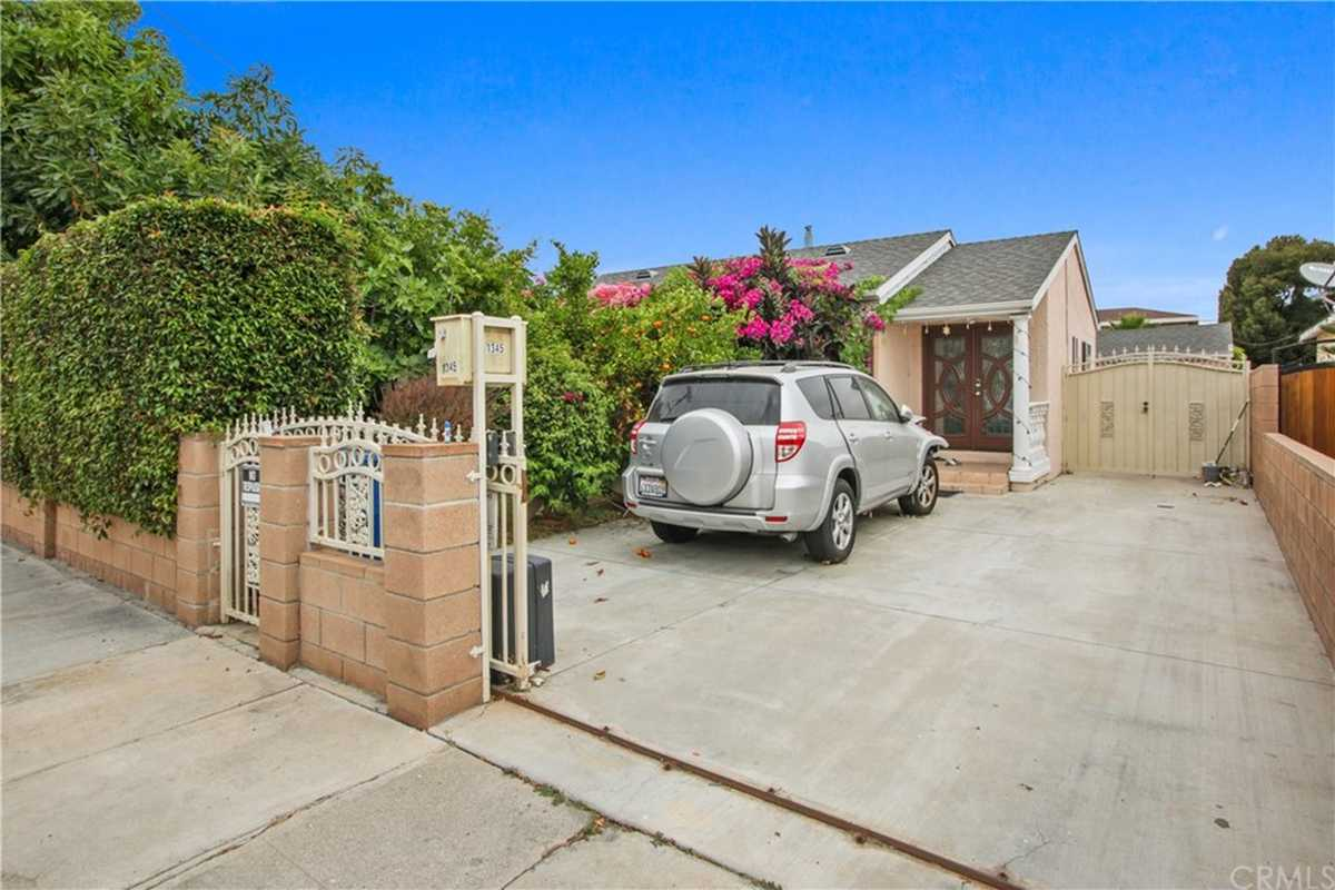 $750,000 - 3Br/2Ba -  for Sale in Torrance