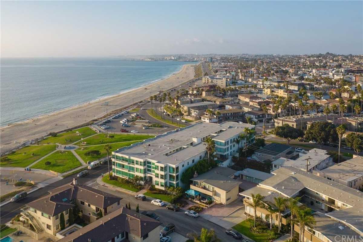 $799,000 - 1Br/1Ba -  for Sale in Redondo Beach