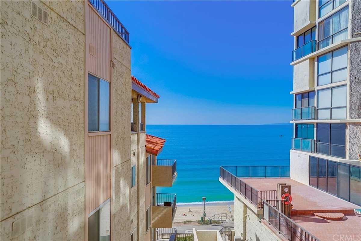 $859,000 - 1Br/2Ba -  for Sale in Redondo Beach