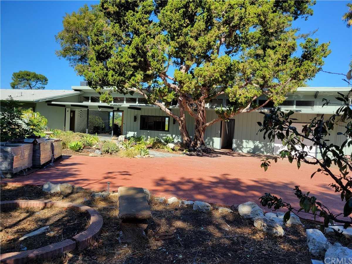 $1,617,000 - 2Br/3Ba -  for Sale in Rancho Palos Verdes