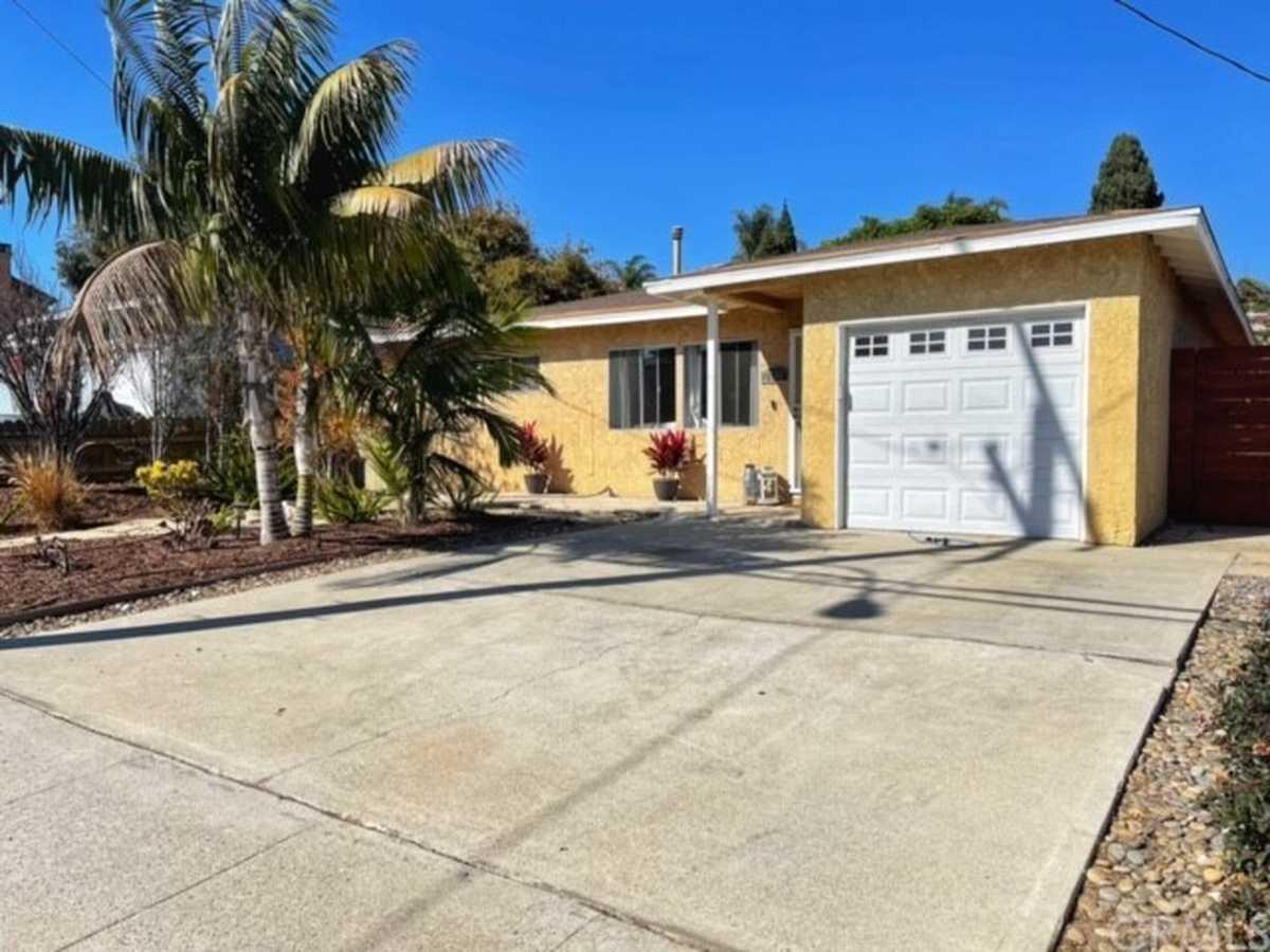 $1,375,000 - 3Br/1Ba -  for Sale in Redondo Beach