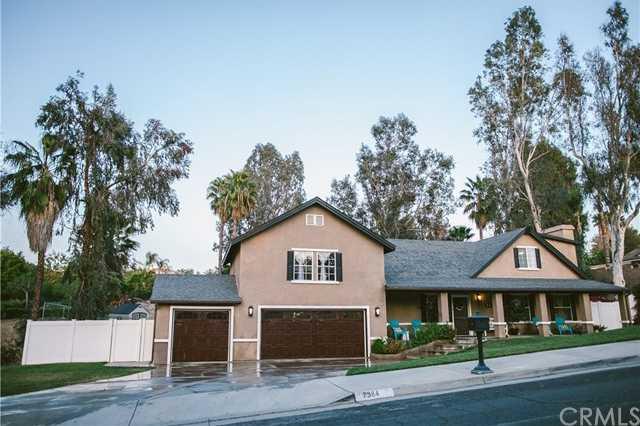 7384 Golden Star Avenue Riverside, CA 92506