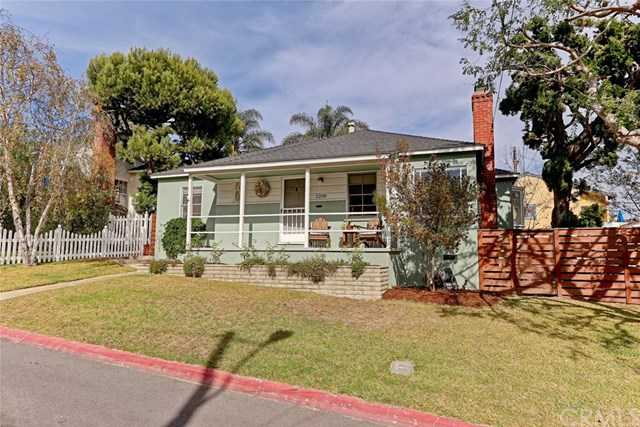 2208 Borden Avenue Hermosa Beach, CA 90254