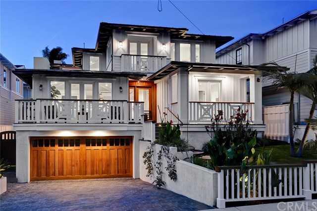 1755 8th Street Manhattan Beach, CA 90266