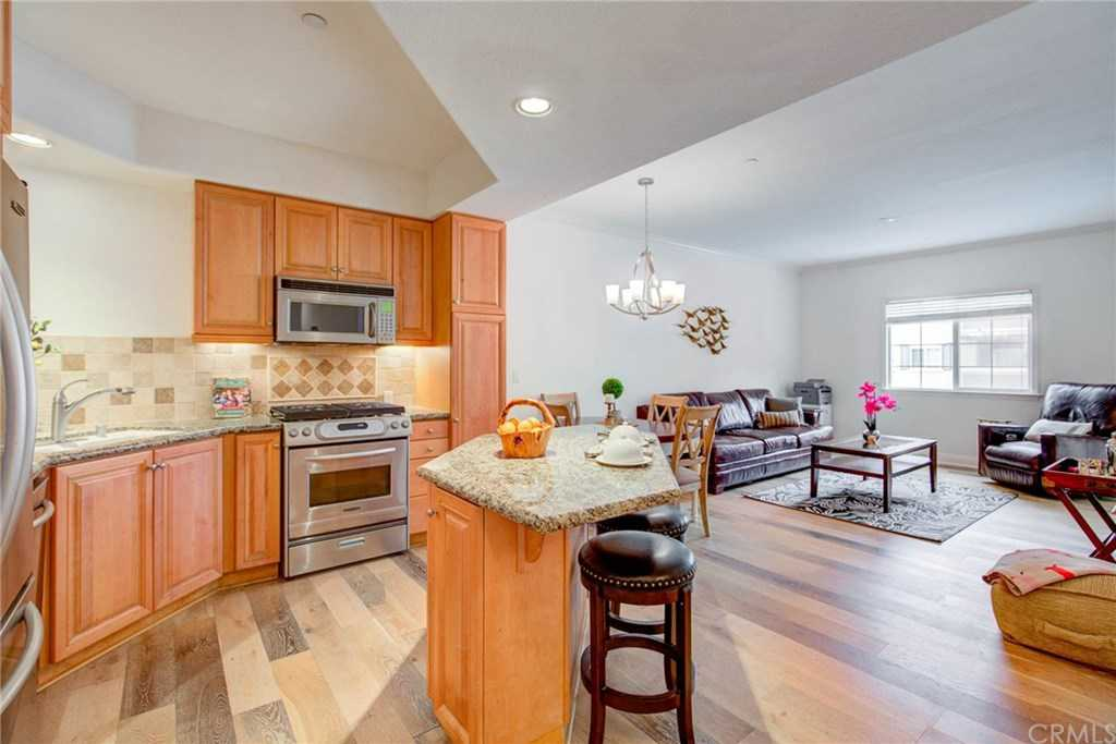 $544,900 - 2Br/2Ba -  for Sale in Torrance