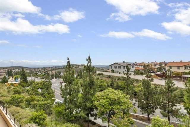 $725,000 - 3Br/3Ba -  for Sale in San Marcos, San Marcos