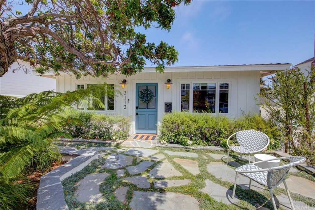 $2,295,000 - 4Br/3Ba -  for Sale in Manhattan Beach