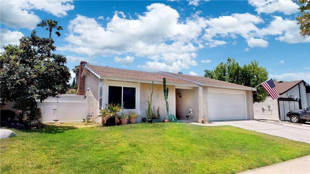 6929 Crest Avenue Riverside, CA 92503