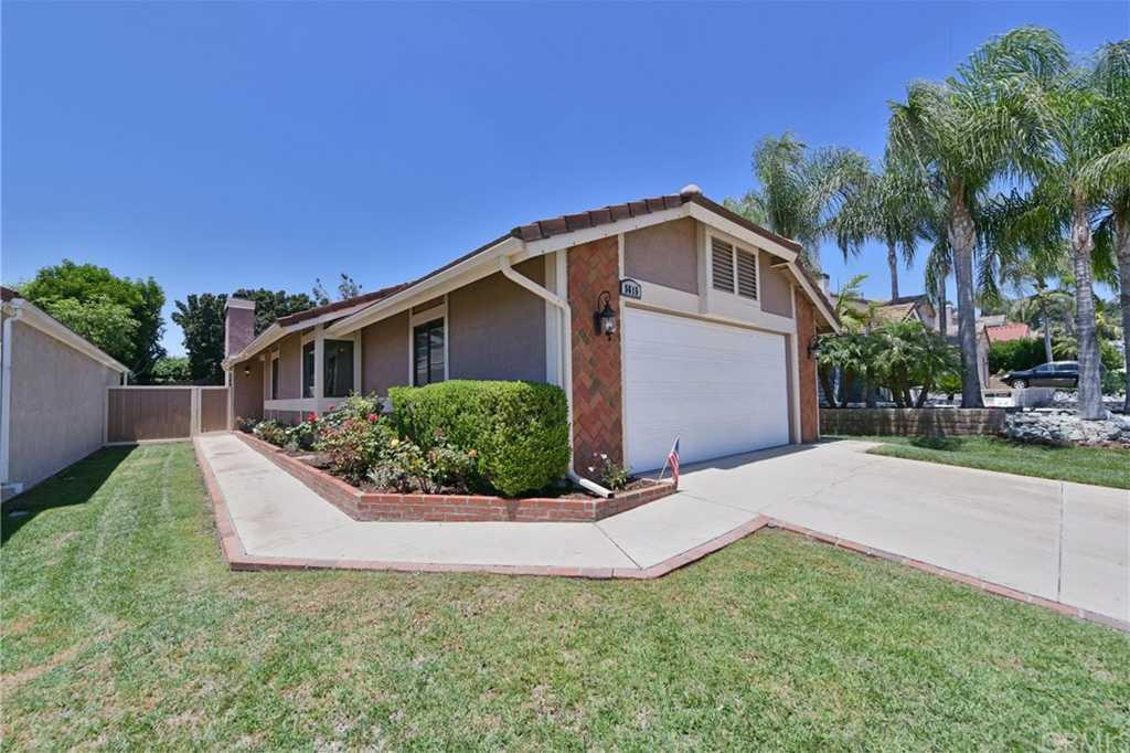 5615 Via Del Coyote Yorba Linda, CA 92887