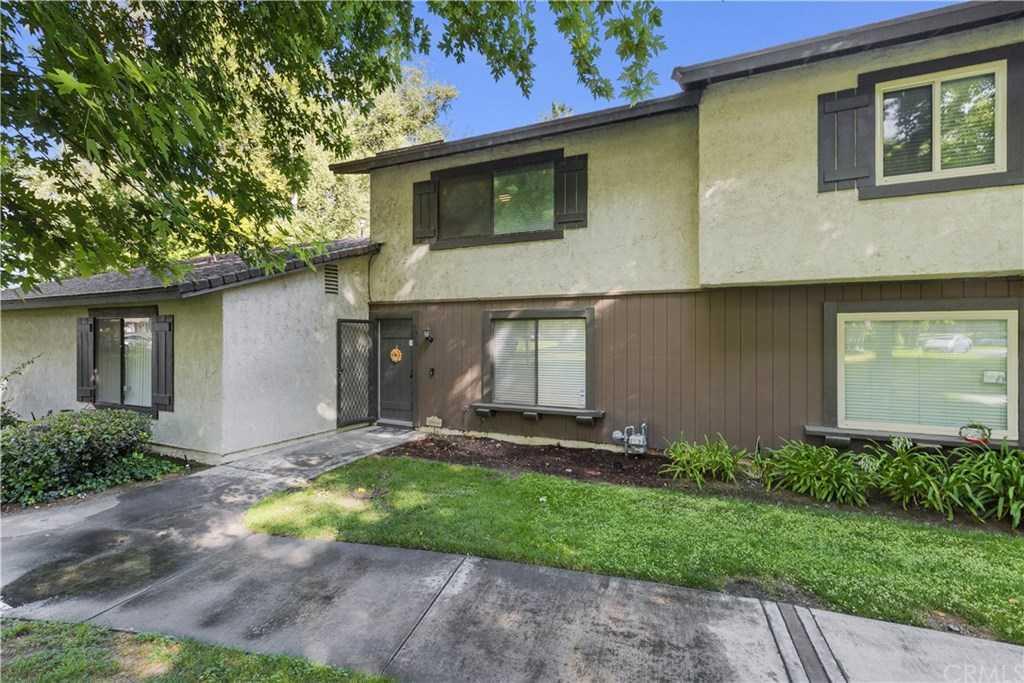 8883 Amigos Place Riverside, CA 92504