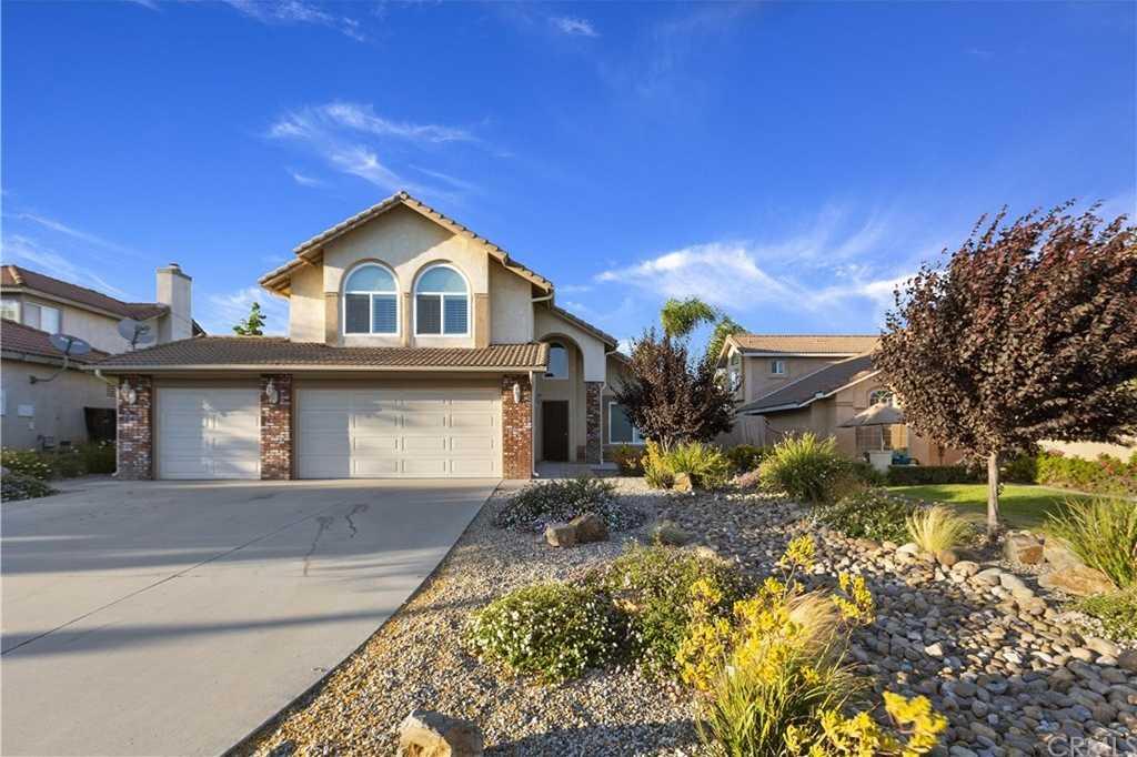 20580 Bloomfield Road Riverside, CA 92508