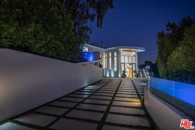 $16,995,000 - 6Br/8Ba -  for Sale in Pacific Palisades