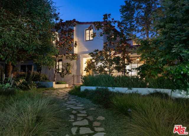 $4,550,000 - 4Br/4Ba -  for Sale in Santa Monica