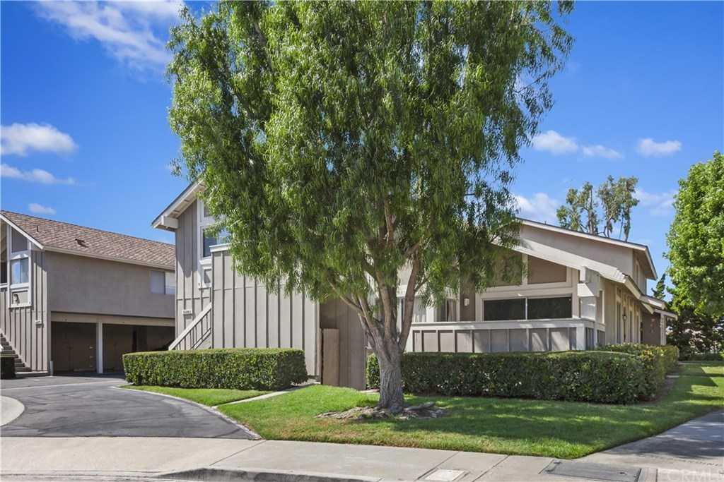 16861 Limelight Circle Unit A Huntington Beach, CA 92647