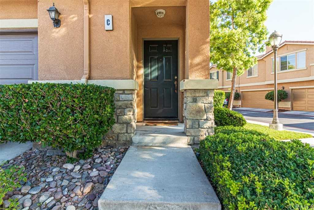 $349,900 - 3Br/3Ba -  for Sale in Temecula