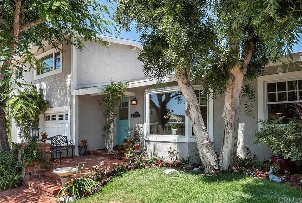 $1,799,000 - 3Br/2Ba -  for Sale in Manhattan Beach