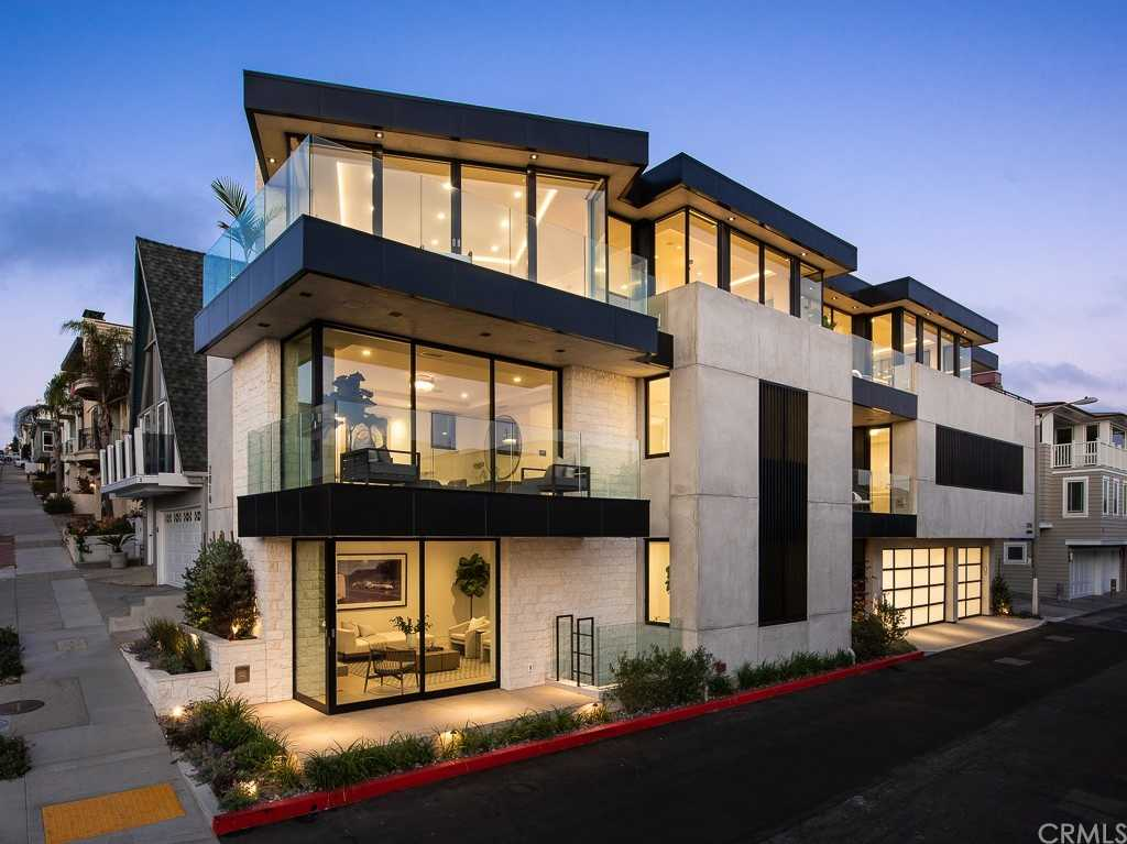 $14,000,000 - 5Br/6Ba -  for Sale in Manhattan Beach