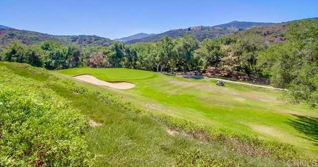 $674,000 - 3Br/3Ba -  for Sale in Vista, Vista