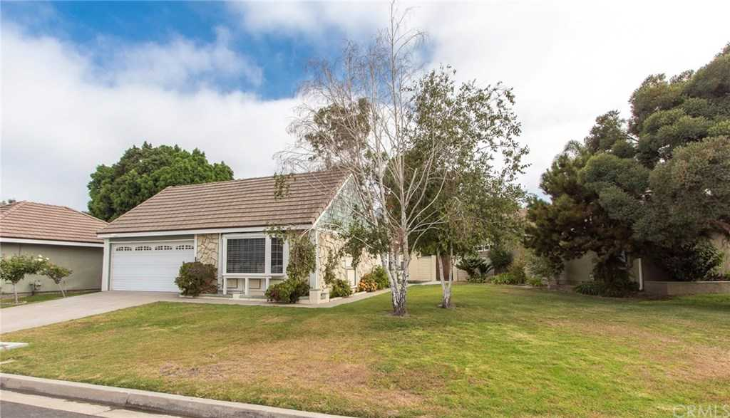 $695,000 - 2Br/2Ba -  for Sale in Shady Hollow (shhl), Yorba Linda