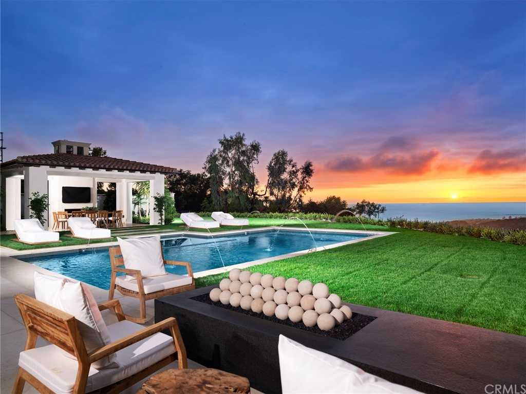 $18,500,000 - 5Br/8Ba -  for Sale in Other (othr), Newport Coast