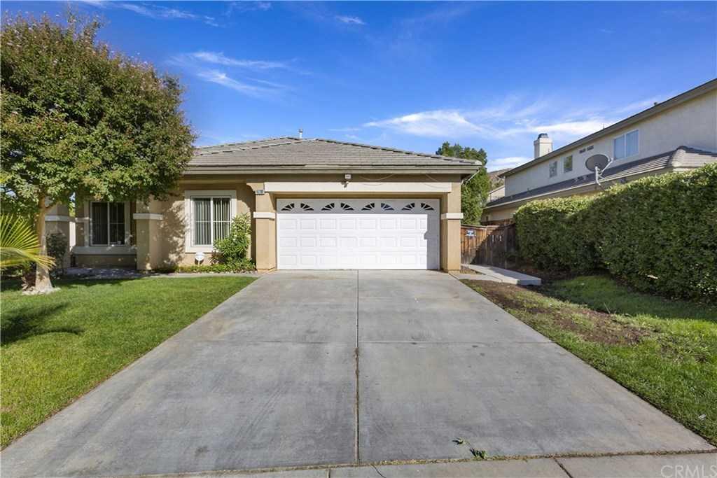 16290 Calle Serena Moreno Valley, CA 92551