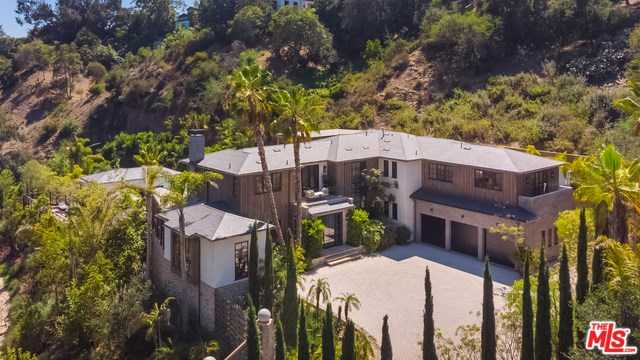 $18,950,000 - 8Br/13Ba -  for Sale in Pacific Palisades