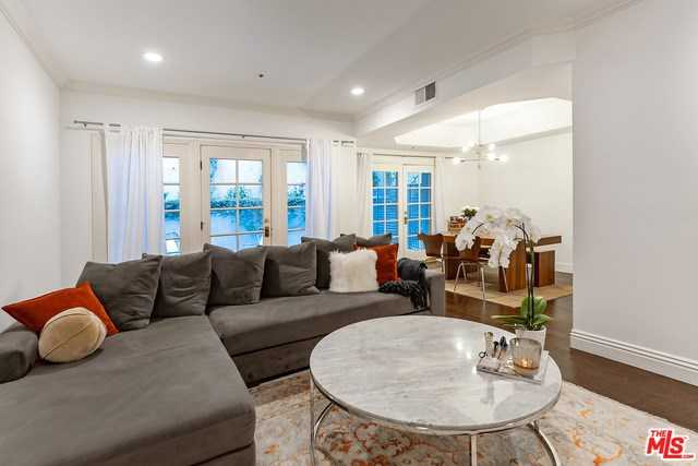 $929,000 - 2Br/3Ba -  for Sale in Los Angeles
