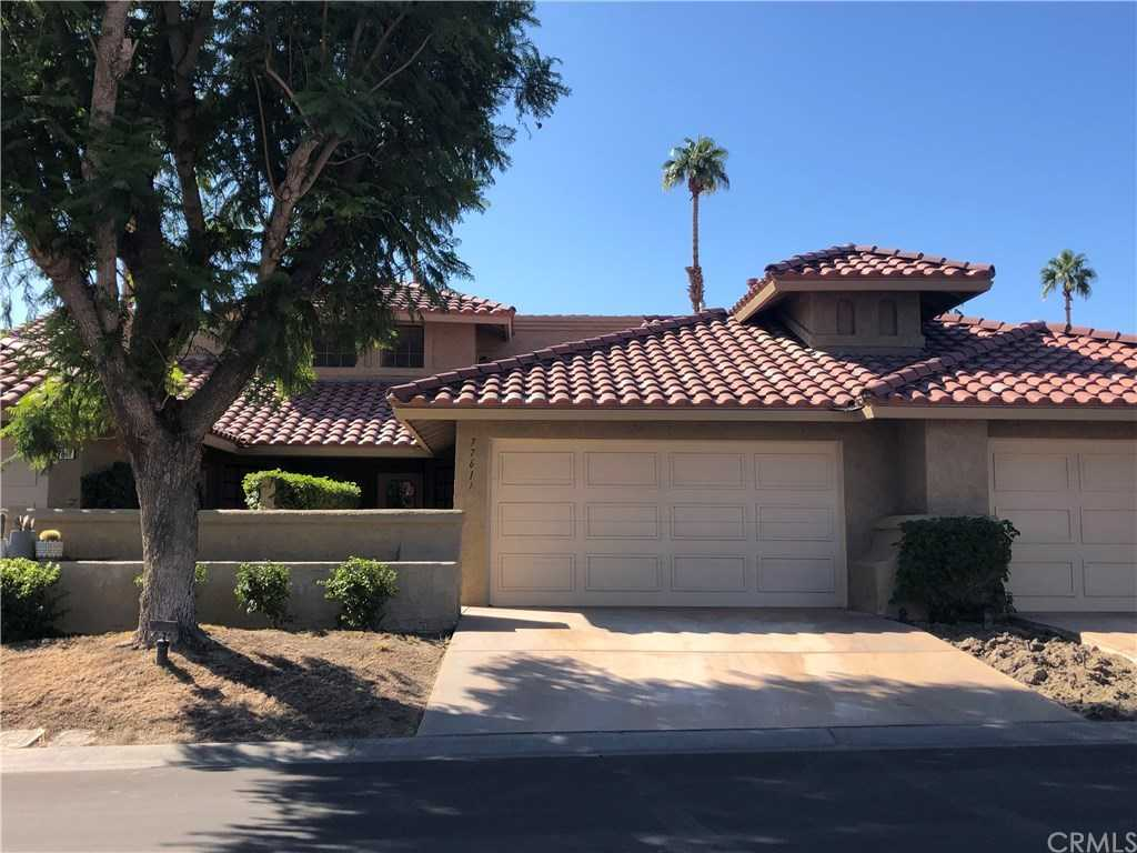 $298,000 - 2Br/3Ba -  for Sale in Woodhaven Country Club (32435), Palm Desert