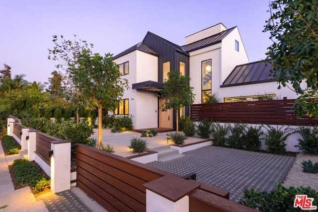 $6,995,000 - 5Br/7Ba -  for Sale in Venice