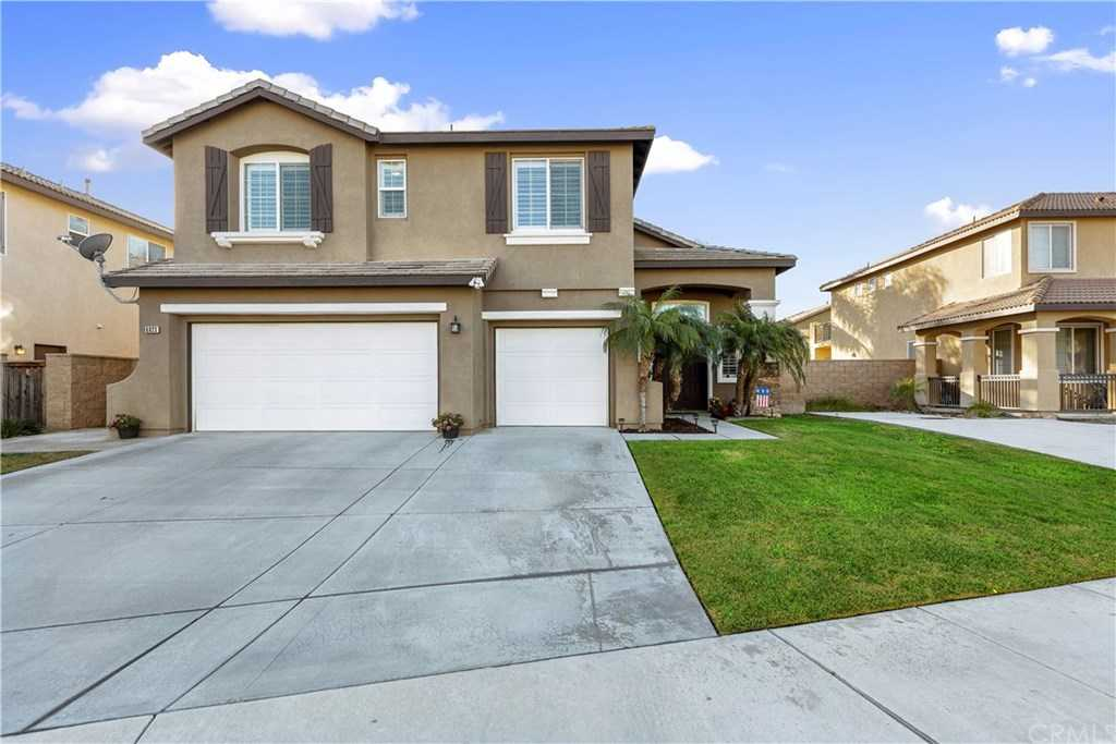 $559,900 - 3Br/3Ba -  for Sale in Eastvale