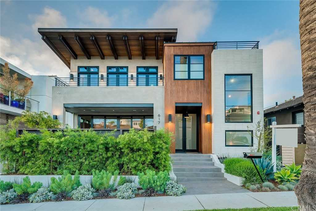 $2,999,000 - 4Br/5Ba -  for Sale in Hermosa Beach