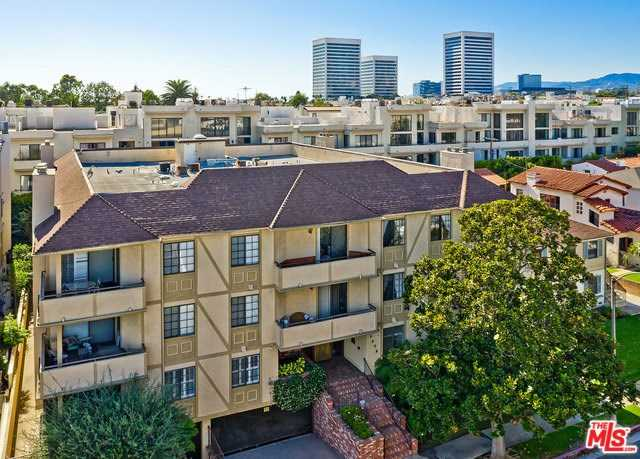 $1,049,000 - 2Br/3Ba -  for Sale in Los Angeles