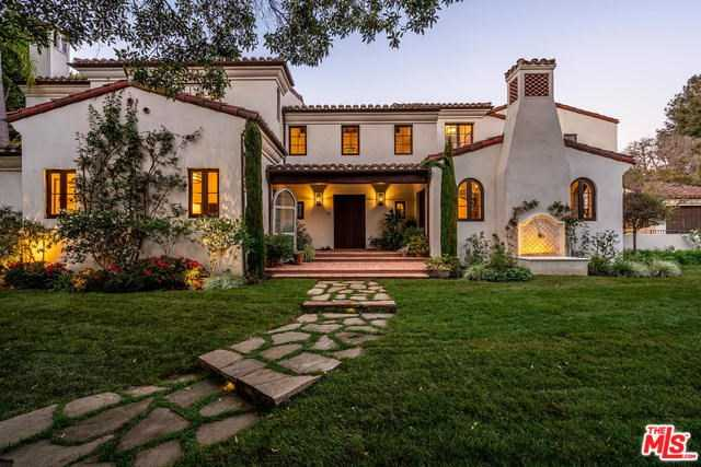 $17,000,000 - 6Br/9Ba -  for Sale in Los Angeles