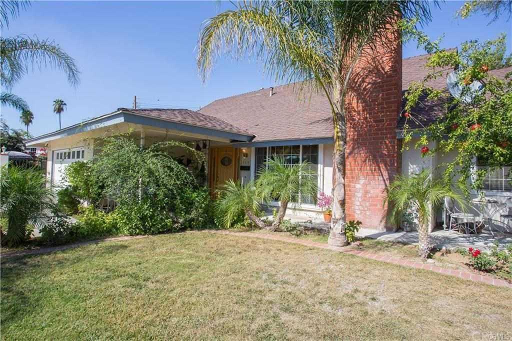 $458,300 - 3Br/2Ba -  for Sale in Riverside