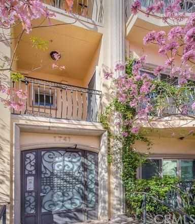 $1,249,000 - 3Br/3Ba -  for Sale in Los Angeles