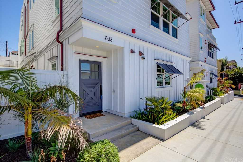 $1,699,000 - 3Br/3Ba -  for Sale in Hermosa Beach